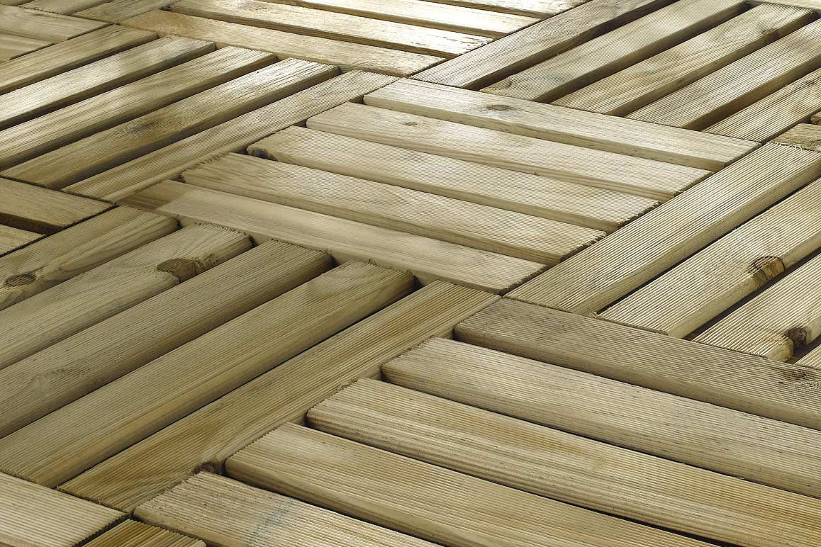 Comment réaliser une terrasse en caillebotis bois ?